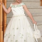 Which flower girl dress to choose