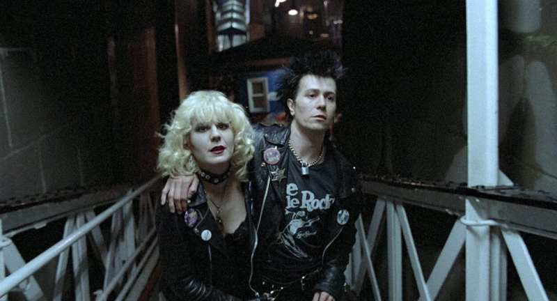 Sid and Nancy walk steps together in New York