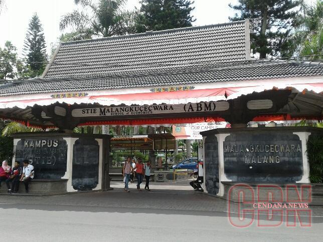 Kampus STIE Malangkucecwara. Foto: Agus Nurchaliq