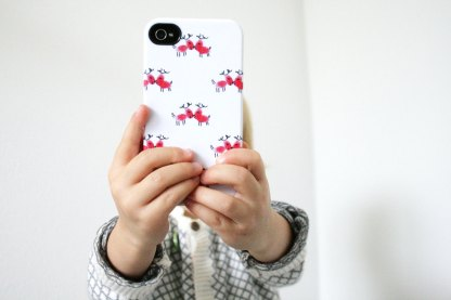 Rentier Rudolph und die roten Finger - Smartphone aus Fingerabdrücken