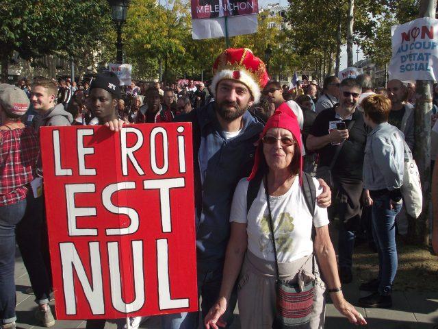 Photos poitevines de la manifestation à Paris contre le coup d'état social de Macron