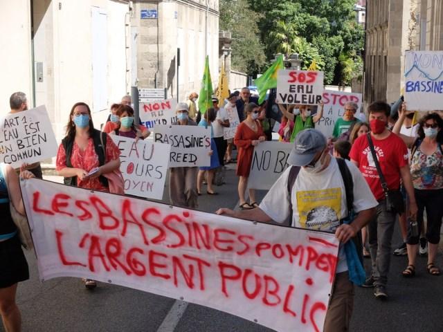 Contre les «bassines», pour notre eau, notre argent et notre santé, la mobilisation repart !