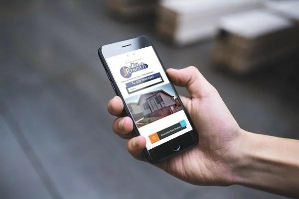 wa-portfoli-site-imobiliaria-jrenosti-smartphone