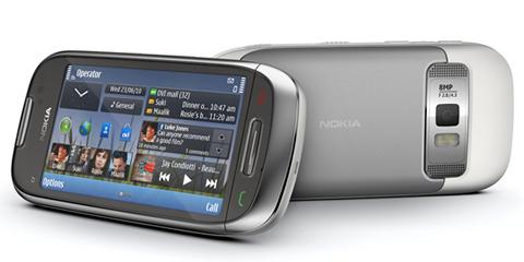 Nokia E7, Nokia C6 y Nokia C7 - Nokia-C7-06