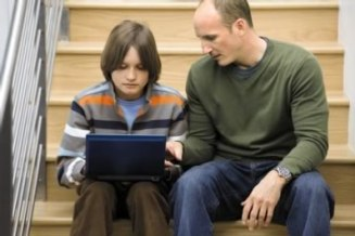 Consejos para padres en el uso de dispositivos móviles frente a sus hijos - consejos-para-padres