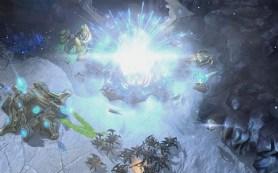 Startcraft 2: Heart of Swarm - starcraft-2-expansion-battle
