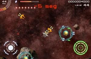 Juego de naves para iPad, Galaxy Survivor - galaxy-survivor-gameplay-300x195