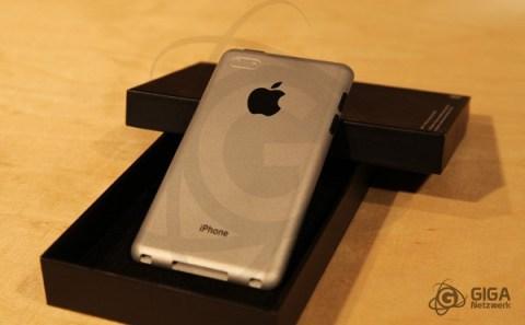 Aparece prototipo y fundas del supuesto iPhone 5 - iphone-5-cnc-dummy