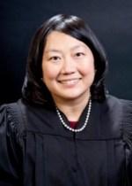 Apple tiene un problema de establecer la validez de sus patentes ante Samsung - Lucy_Koh_District_Judge-214x300