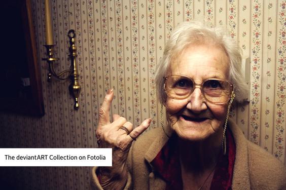 deviantART y Fotolia ofrecen imágenes artísticas para uso comercial a muy bajo precio - the-deviantart-collection