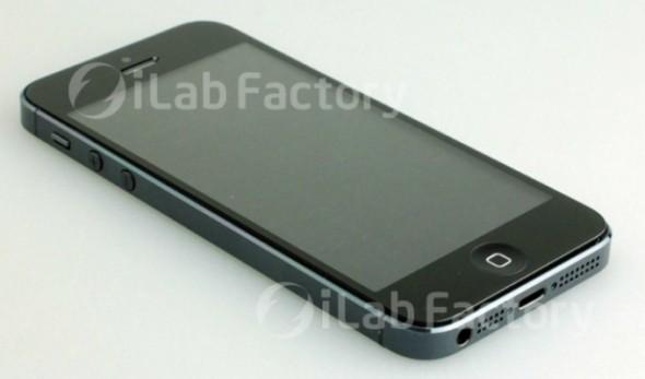 1iPhone 5 Photos 1 590x347 Se filtran imágenes de lo que podría ser el nuevo iPhone de Apple