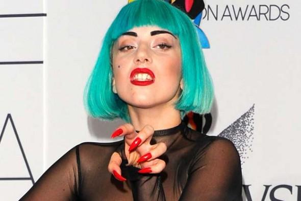 little monsters 590x393 La red social de Lady Gaga ya está disponible para todos