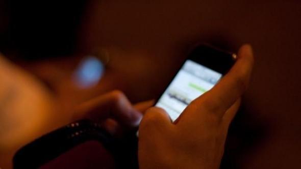 Acision presenta estudio realizado en Estados Unidos sobre mensajería en la era del Smartphone - mensajeria-movil-590x332