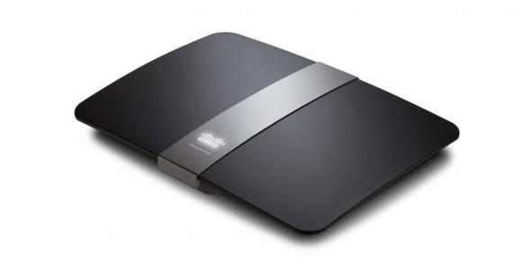 EA4500 linksys 590x295 Cisco nos recomienda su Smart Router EA4500 para el regreso a clases