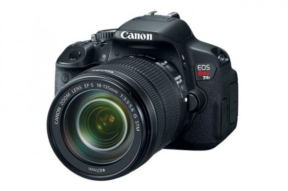 eos rebel t4i 2 590x393 Canon EOS Rebel T4i ya está disponible en México