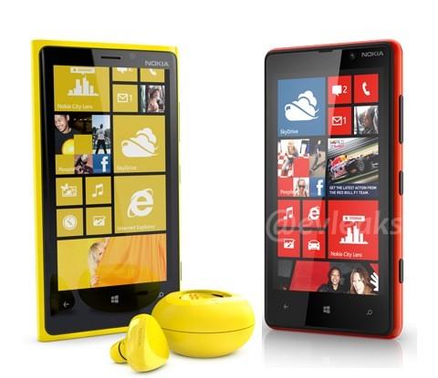 Los nuevos Lumia podrían cargarse de manera inalámbrica - nokia-lumia-920-and-820-headset