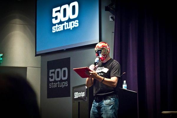 500 Startups recaudará 5 millones de dólares para empresas de base tecnológica en México - 500-startups-luchadores-fund