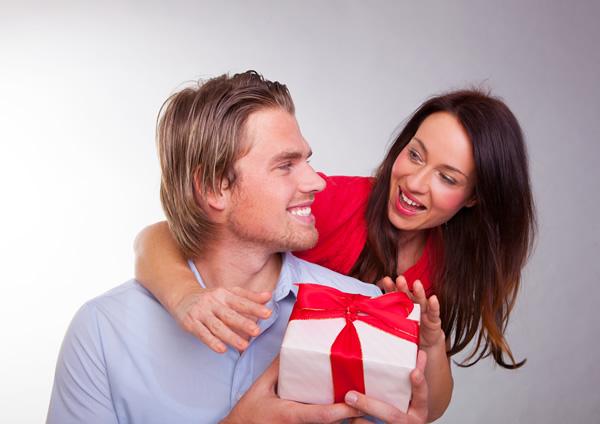 Los regalos de San Valentín más deseados por hombres y mujeres - regalos-14-febrero-para-hombre