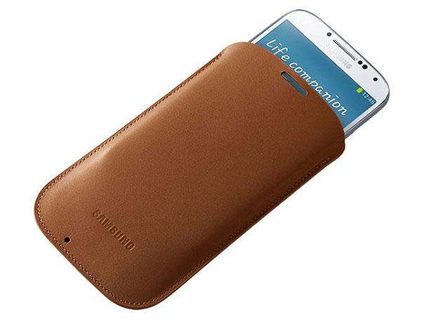 Accesorios oficiales para Samsung Galaxy S IV - Samsung-Galaxy-S4-Samsung-Pouch1