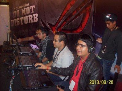 La laptop ASUS G750 demostró su poderío en el torneo Republic of Gamers (ROG) - 100_3372_1