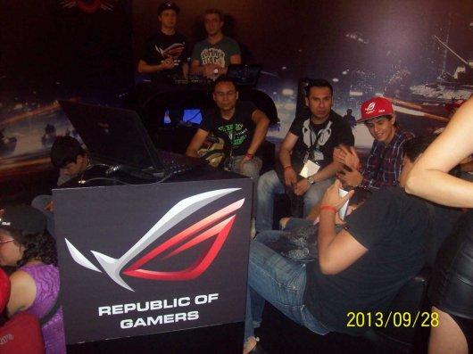 La laptop ASUS G750 demostró su poderío en el torneo Republic of Gamers (ROG) - 100_3402_1