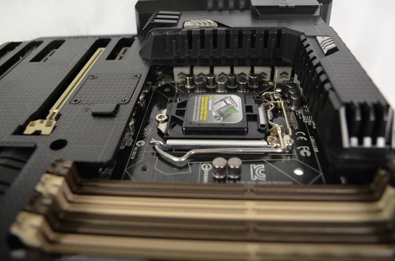 Cómo elegir la tarjeta madre (motherboard) ideal para tu computadora - ASUS-Sabertooth-Z87-Chipset
