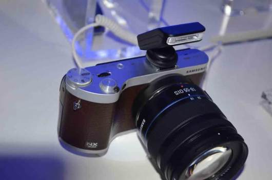 Samsung lanza sus nuevas Smart Cameras NX300 y NX2000 - nuevas-smart-camera-NX-300-NX-20002