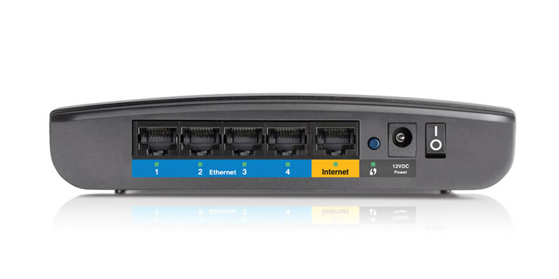 Router Linksys E900, ideal para el hogar o departamento - E900-3