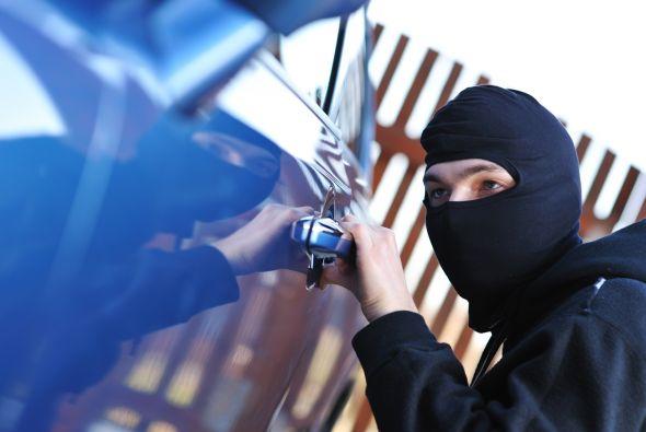 Los 5 autos más robados en México durante el 2013 - Robar-autos