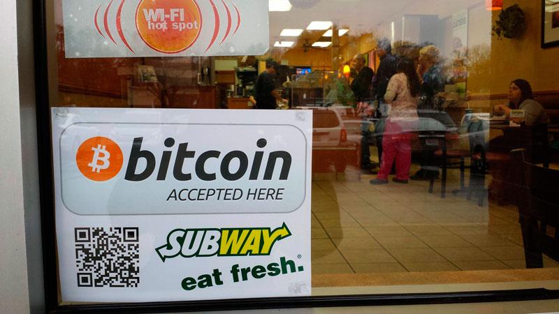 5 cosas que puedes comprar con Bitcoins - subway-bitcoin