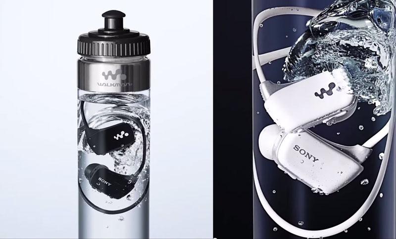 Nuevo reproductor MP3 de Sony viene dentro de una botella llena de agua - audifonos-sony-contra-agua