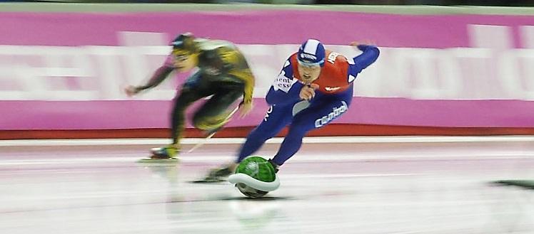 Speed Skating en Socchi 2014 al estilo Mario Kart - socchi2