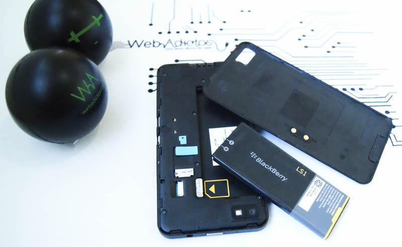 ¡Alto! Antes de comprar una batería externa para cargar tus gadgets, esto tienes que tener en cuenta - blackberry-z10-destapado