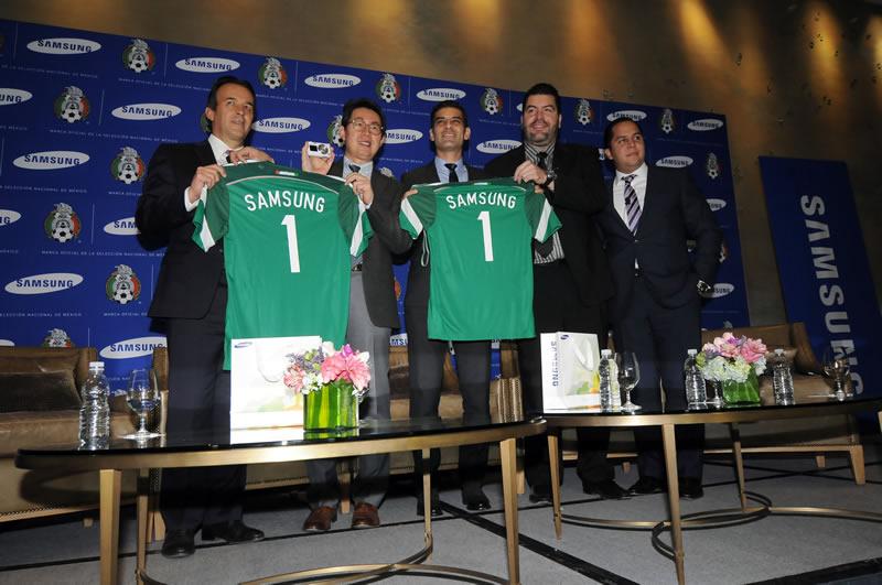 Samsung será la marca oficial de la Selección Mexicana de futbol - conferencia-samsung-marca-oficial-mexico
