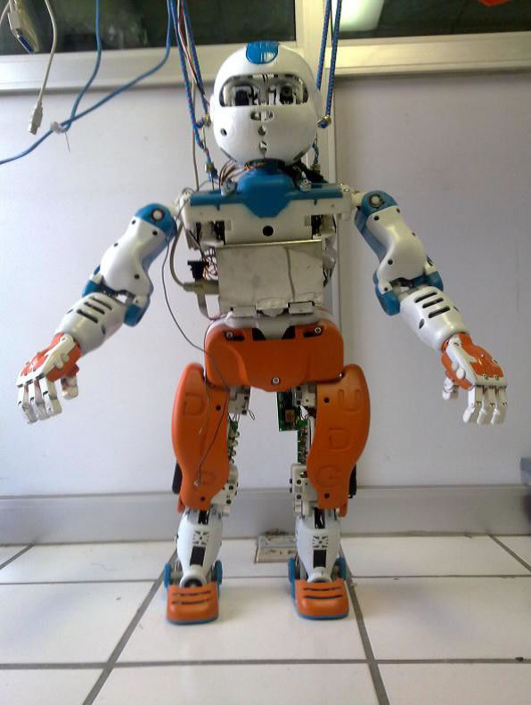 Desarrollan robot humanoide capaz de aprender por si mismo en la UdeG - robot-humanoide-udeg