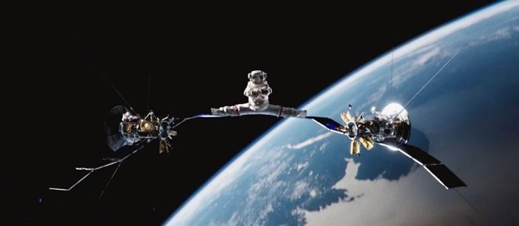 Van Damme y su Zero Gravity Split en el espacio - van-damme-zero-gravity