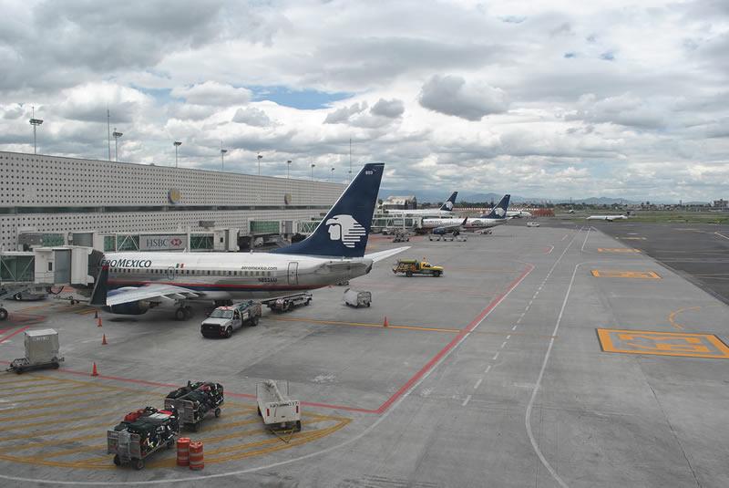Reducirán demoras en aeropuertos con matemáticas - aeropuertos-matematicas