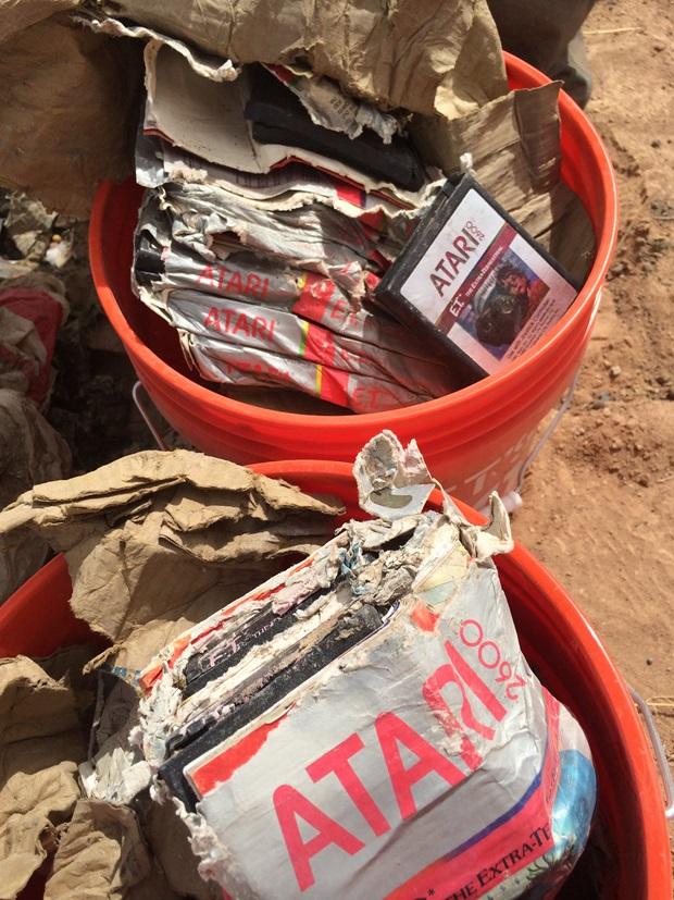 Son encontrados en el desierto los cartuchos enterrados de ATARI - atari6