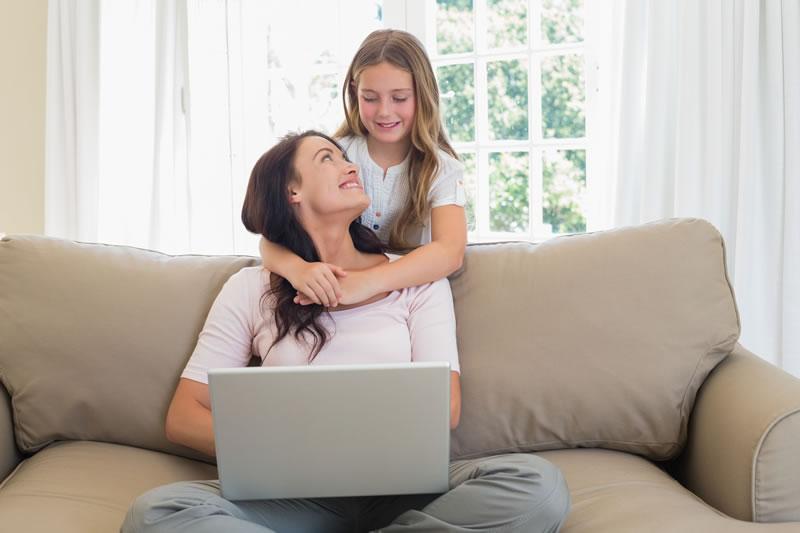 Consejos para que las mamás naveguen seguro en internet por Kaspersky - consejos-navegar-seguro-mama