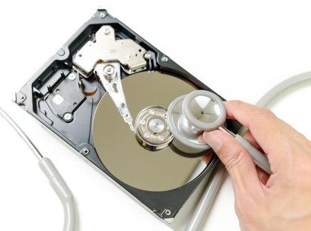 Desfragmentar el disco duro en Windows aún es importante, aquí te decimos la razón