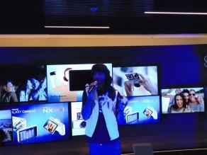 Samsung GALAXY Camera 2  y NX mini son lanzadas en México - Samsung-Camera-2-Omar-Borkan657