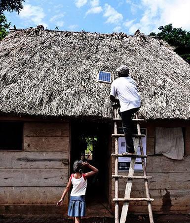 Jóvenes mexicanos iluminan zonas rurales con plataforma solar - iluminacion-en-zonas-rurales-con-celdas-solares