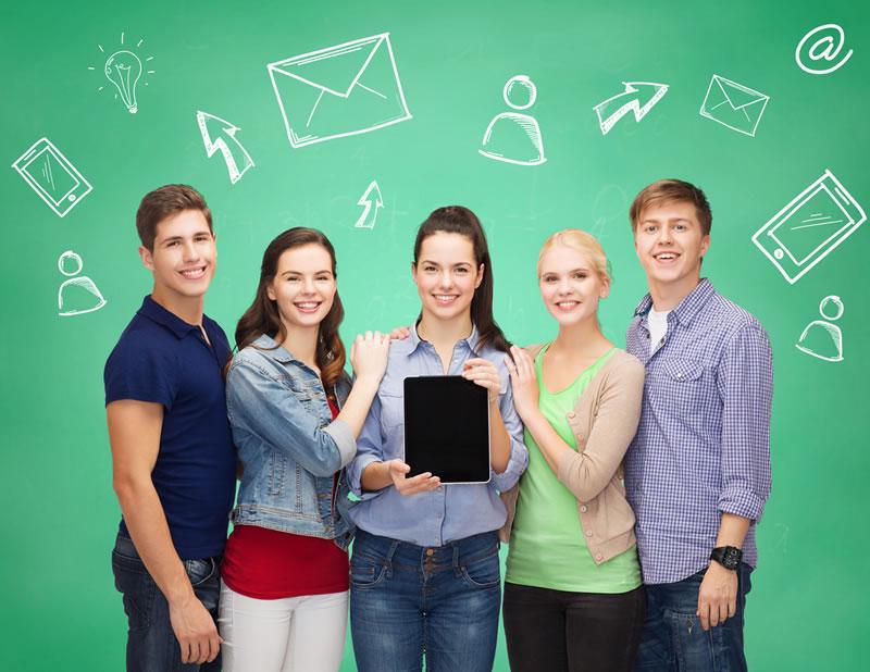 El uso de tablets mejora el rendimiento de los estudiantes - tablets-estudiantes