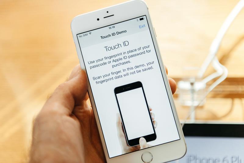 Apple se disculpa por el Epic Fail de iOS 8.0.1 - iPhone-6-iOS-8.0.1-errores