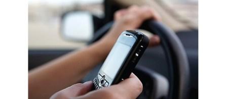 Enviar mensajes al manejar podría ser detectado mediante pistola radar
