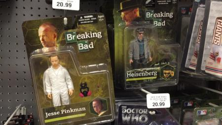 Muñecos de Breaking Bad causan controversia - 141021-breaking-bad-toys-01_bb21ff57924a5a437ebba9592949a049-450x253
