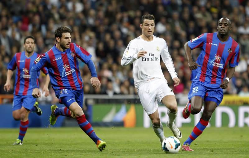 Real Madrid vs Levante, Jornada 8 Liga BBVA 2014 - 2015 - Real-Madrid-vs-Levante-en-vivo