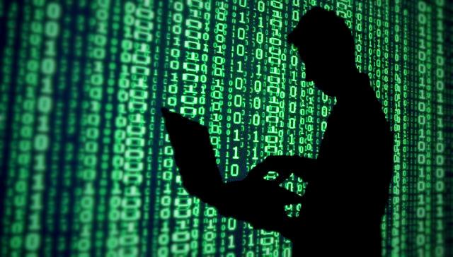 Definición de Hacker en diccionario de la RAE causa polémica - definicion-hacker