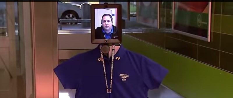 Robot con cabeza de iPad para atención a clientes - robot-cara-de-ipad