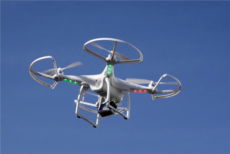 La FFA alerta sobre el uso de drones cerca de los aterrizajes de aviones - drones-cerca-de-aviones